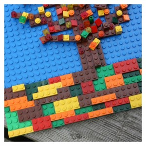 Lego-Fall-Tree-Mosaic-Layering-Flat-Lego-Pieces-to-Create-Picture